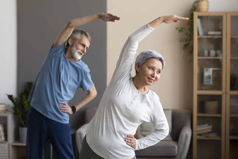 在家防疫期間也要動!樂齡居家運動建議