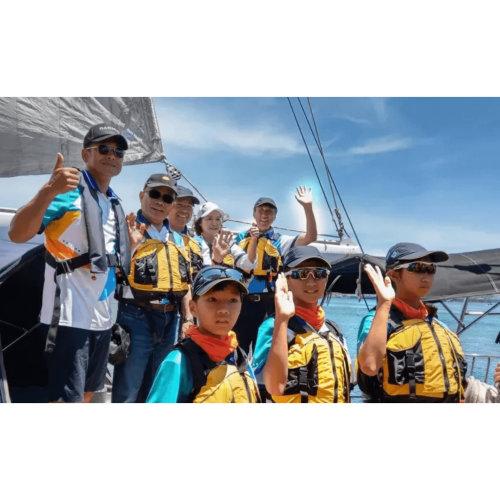 岳明國小「樂觀小帆手」駕馭帆船繞台1500公里!